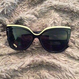 Christian Dior Sunglasses. Rare. Like new